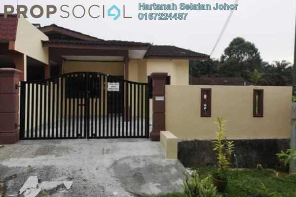 Terrace For Sale in Taman Makmur, Kulai Freehold Unfurnished 3R/2B 355k