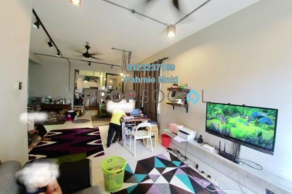 Condominium For Sale in Kristal View, Shah Alam Leasehold Semi Furnished 3R/2B 485k