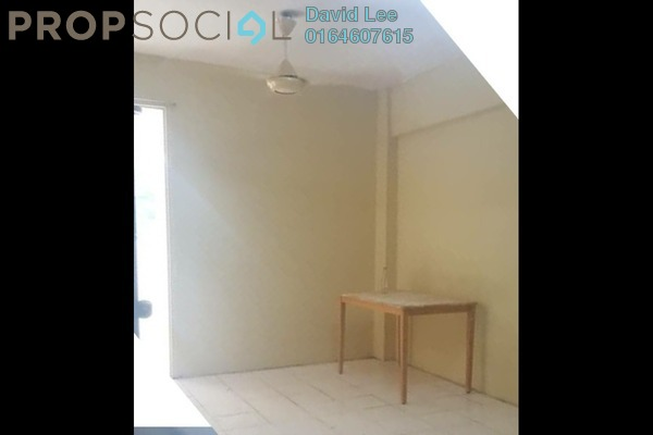 Apartment For Sale in Krystal Heights, Green Lane Freehold Unfurnished 2R/1B 170k