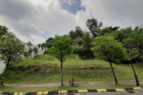 Land For Sale in Seputeh Heights, Seputeh Leasehold Unfurnished 0R/0B 5.4m