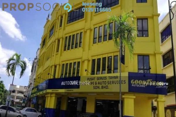 Shop For Sale in Desa Ixora, Kota Damansara Freehold Unfurnished 0R/0B 3.65m