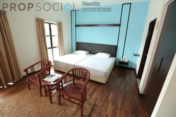 Condominium For Sale in Caribbean Bay Resort, Gambang Freehold Fully Furnished 1R/1B 125k