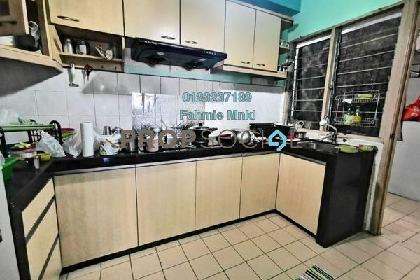 Condominium For Sale in Bayu Tasik 1, Bandar Sri Permaisuri Freehold Semi Furnished 3R/2B 350k