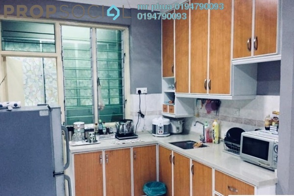 Condominium For Rent in Jay Series, Green Lane Freehold Fully Furnished 3R/2B 1.1k