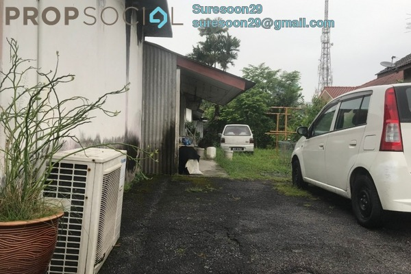 Bungalow For Sale in Section 11, Petaling Jaya Freehold Unfurnished 5R/2B 1.5m