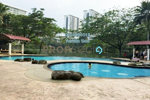 Condominium For Sale in Lake View Suites, Tebrau Freehold Semi Furnished 1R/1B 180k