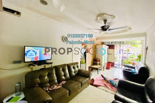 Apartment For Sale in Casmaria Apartment, Batu Caves Leasehold Semi Furnished 3R/2B 335k