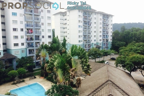 Apartment For Sale in Akasia Apartment, Pusat Bandar Puchong Freehold Unfurnished 3R/2B 358k