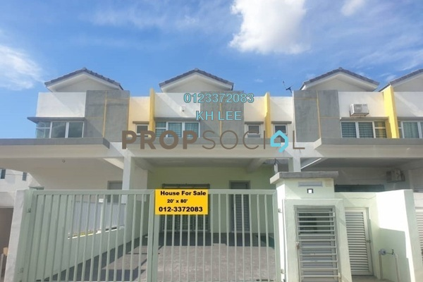 Terrace For Sale in Cherry, Hillpark Freehold Semi Furnished 4R/3B 620k