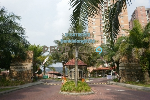Condominium For Sale in Greenview Residence, Bandar Sungai Long Freehold Semi Furnished 4R/2B 274k