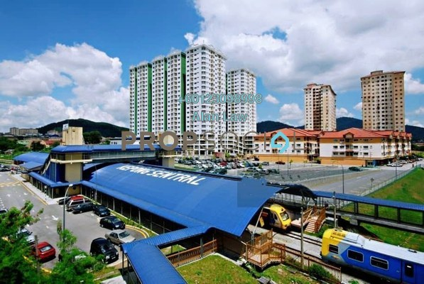 Condominium For Sale in Kepong Central Condominium, Kepong Freehold Semi Furnished 3R/2B 280k