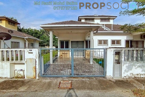 Semi-Detached For Sale in Taman Mawar, Banting Freehold Unfurnished 4R/2B 435k