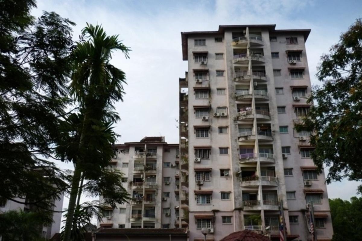 Kestana Condominium Photo Gallery 1