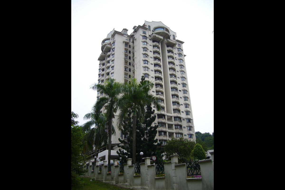 Robson Condominium Photo Gallery 3