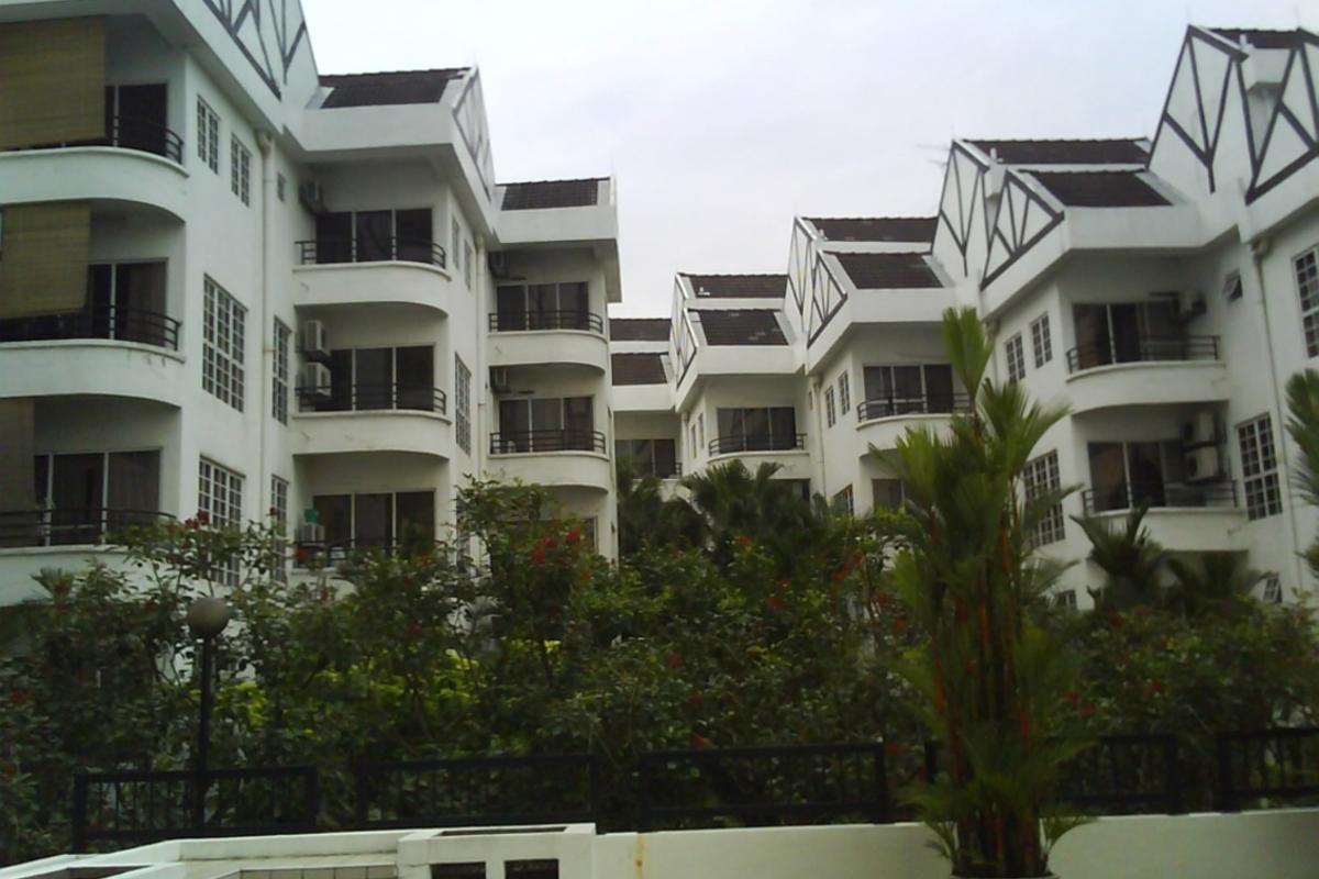 Robson Condominium Photo Gallery 4