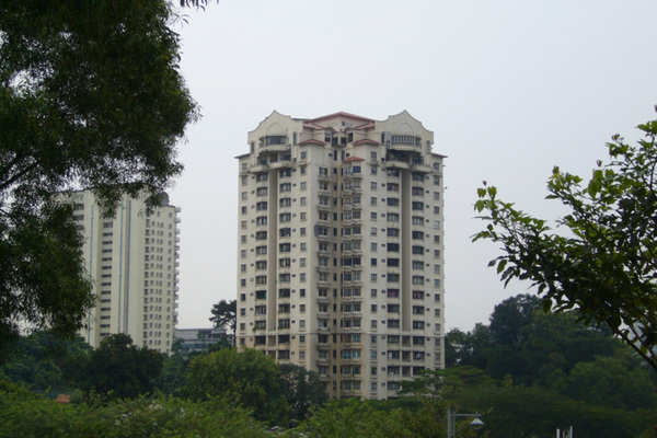 Robson Condominium in Seputeh