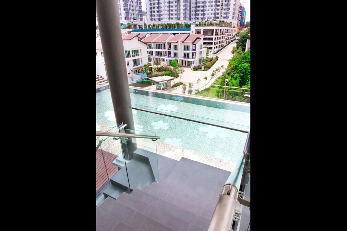 Royalle Condominium Photo Gallery 13