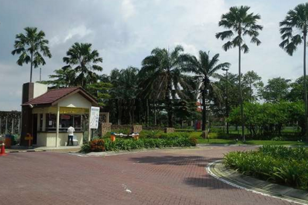 Lakeside Terrace's cover picture