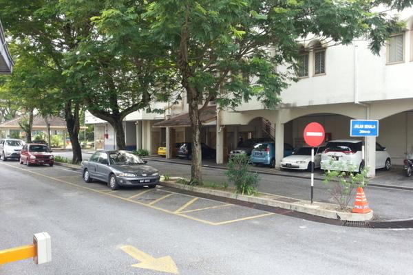 Putri Apartment in Setiawangsa