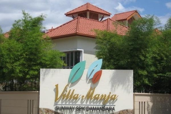 Villa Manja in Bandar Menjalara