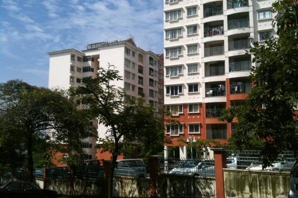 Kenanga Apartment's cover picture