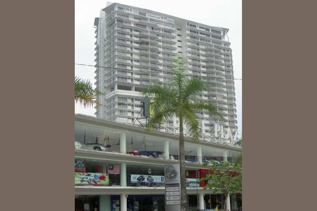 The Plaza Condominium Photo Gallery 1