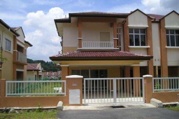 Taman Puncak Jalil in Bandar Putra Permai