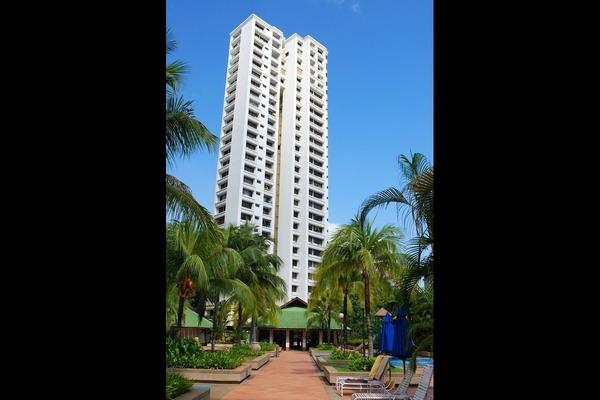 Miami Green in Batu Ferringhi
