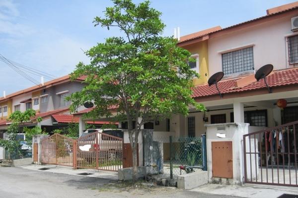 Topaz 3 in Bandar Saujana Putra
