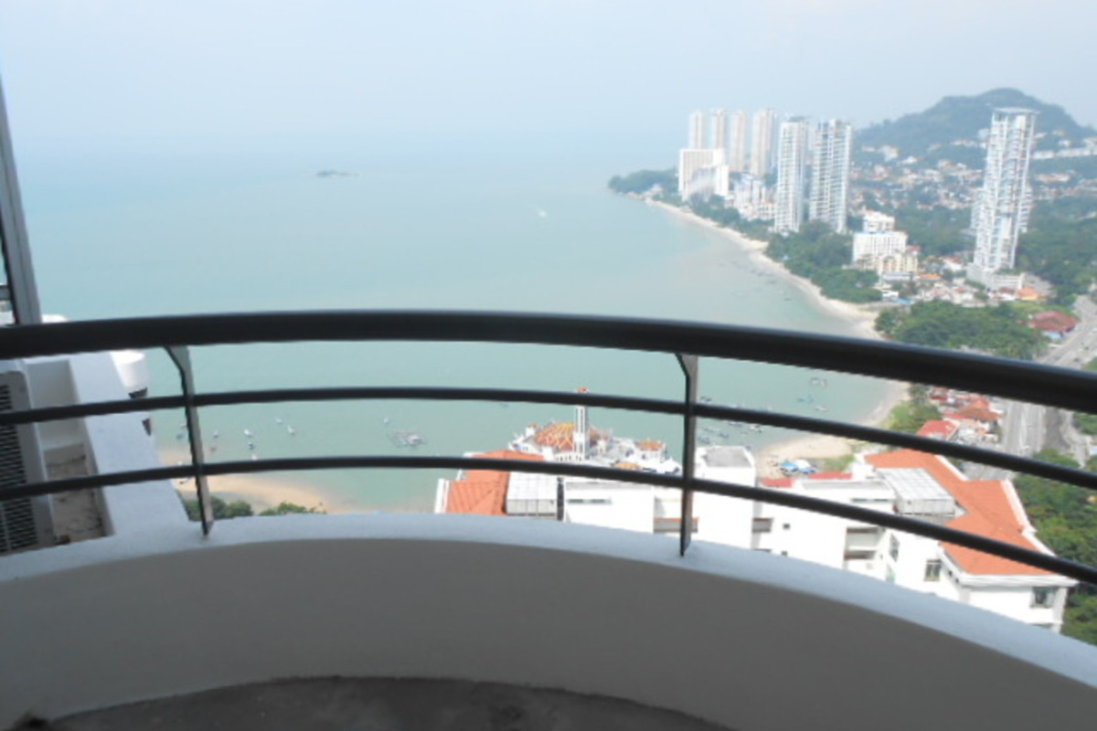 Coastal Towers Photo Gallery 3