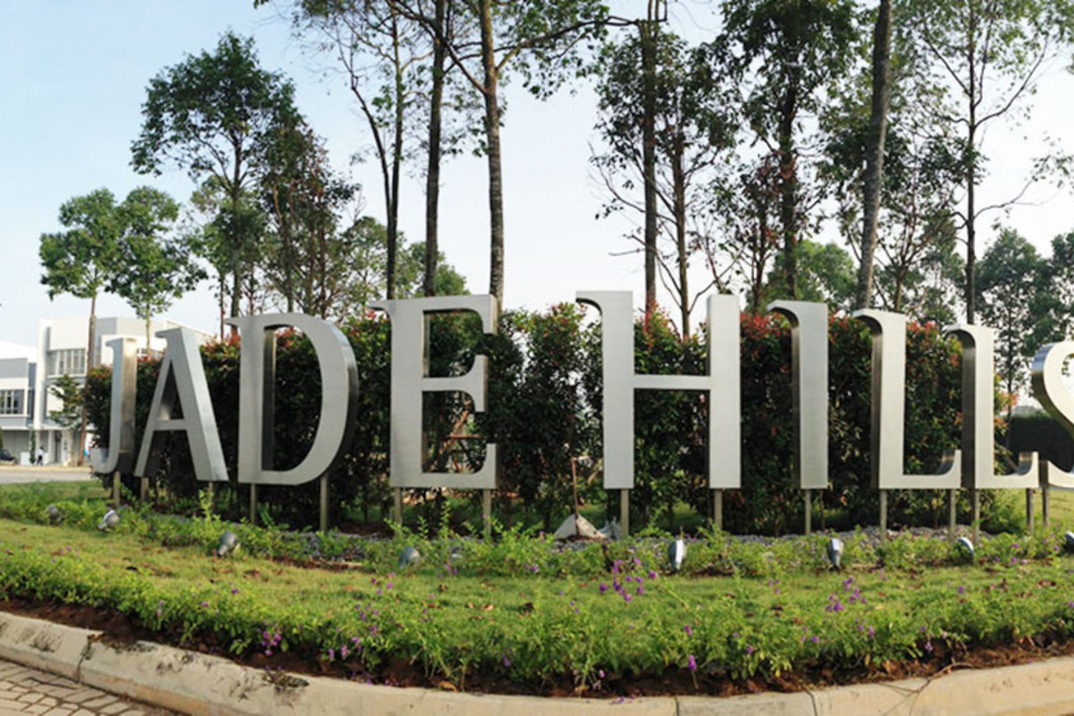 Jade Hills Photo Gallery 0