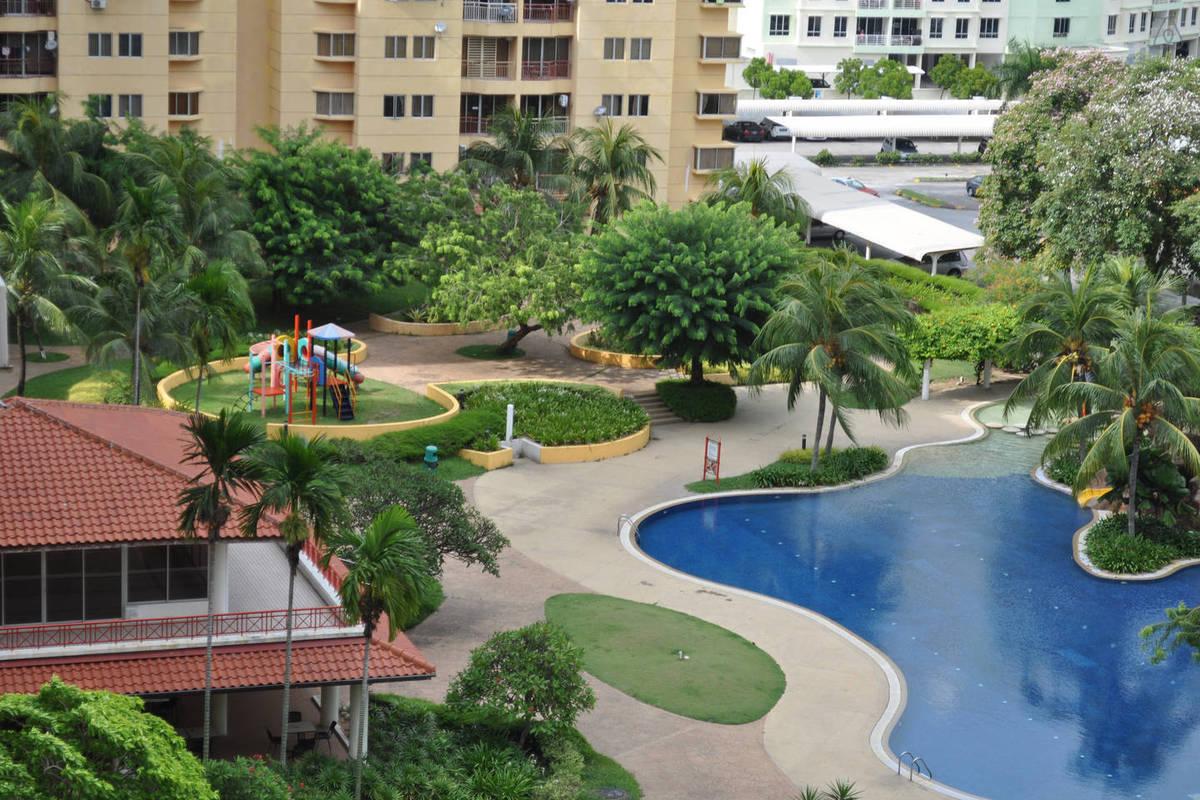 Villa Emas Photo Gallery 1