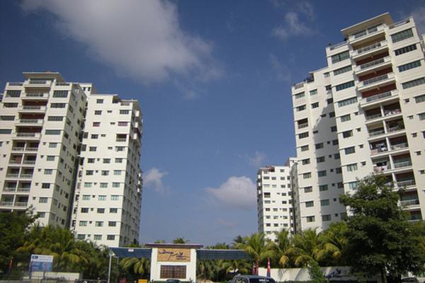 Danga View in Danga Bay