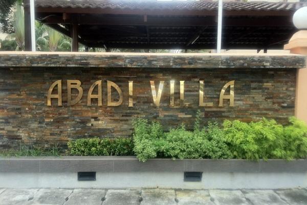 Abadi Villa in Taman Desa