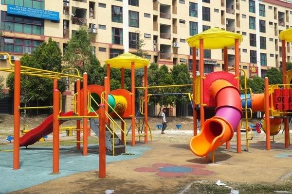 Pelangi Apartment in Mutiara Damansara