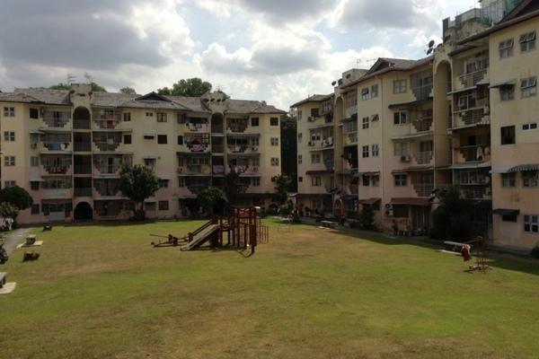 Sri Endah Apartment in Sri Petaling
