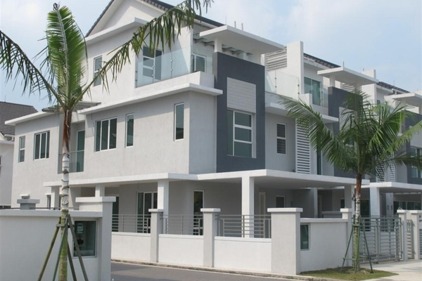 Grandis Palms in Putra Heights