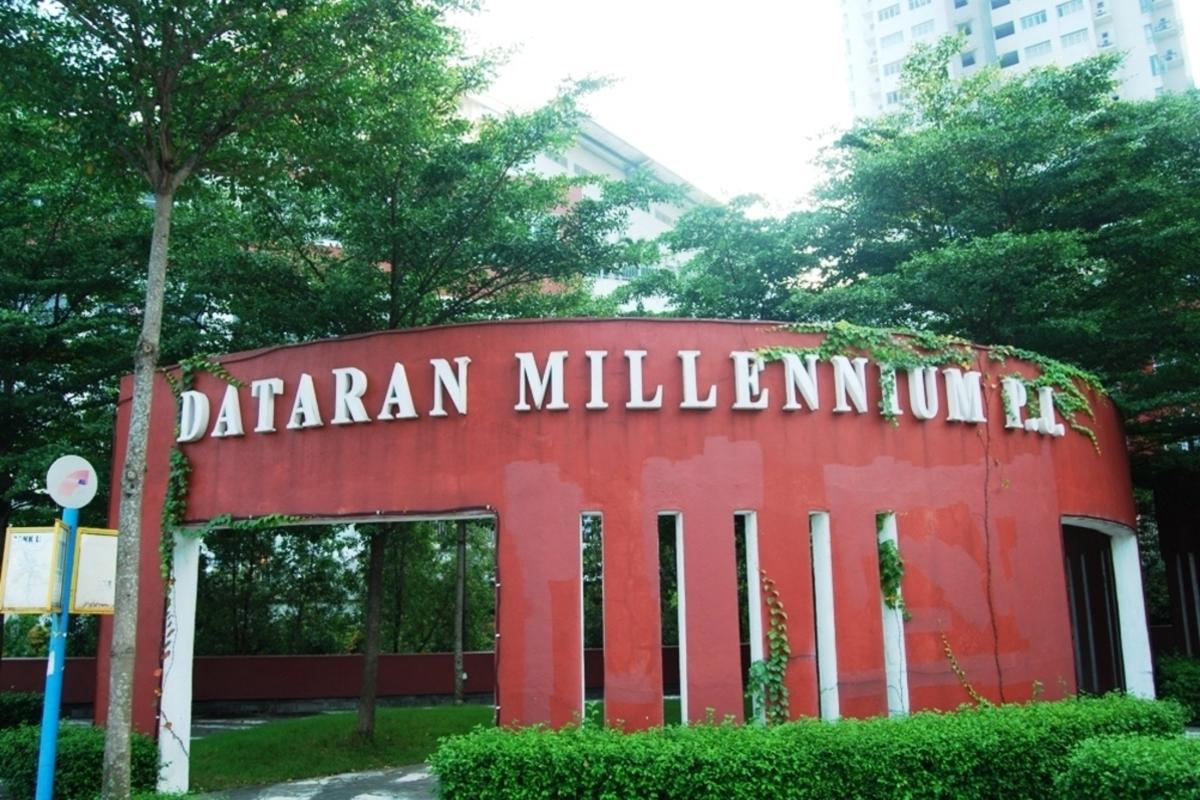 Millennium Square Photo Gallery 4