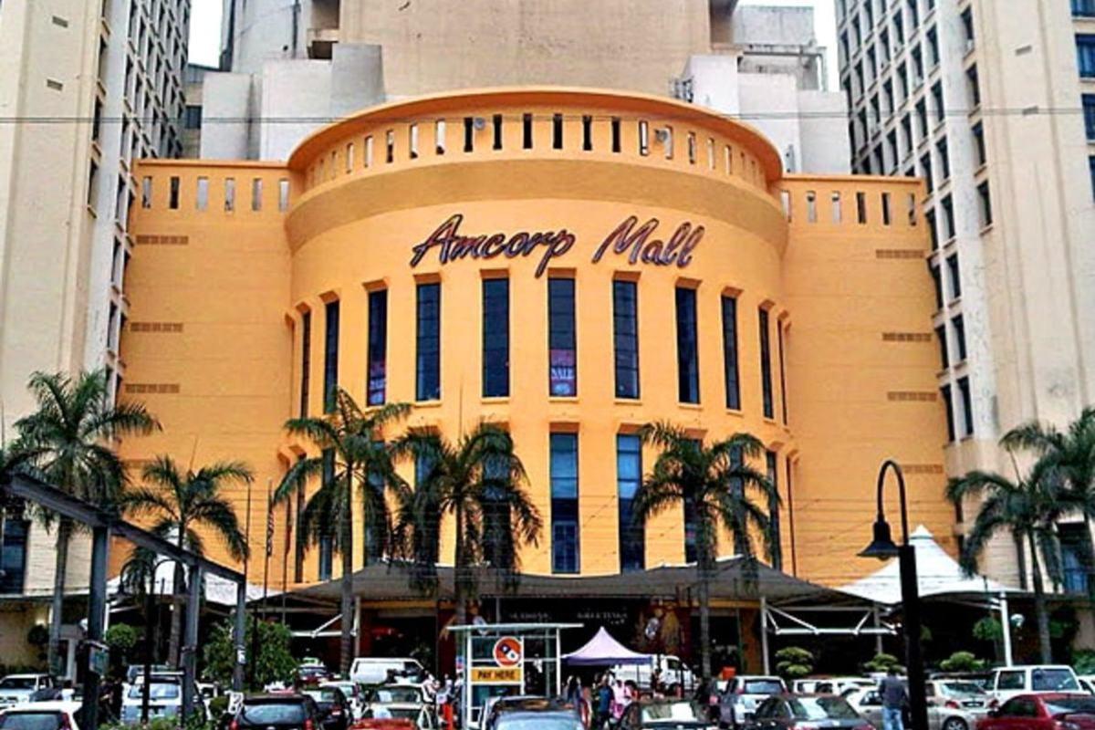 Amcorp Mall Photo Gallery 1