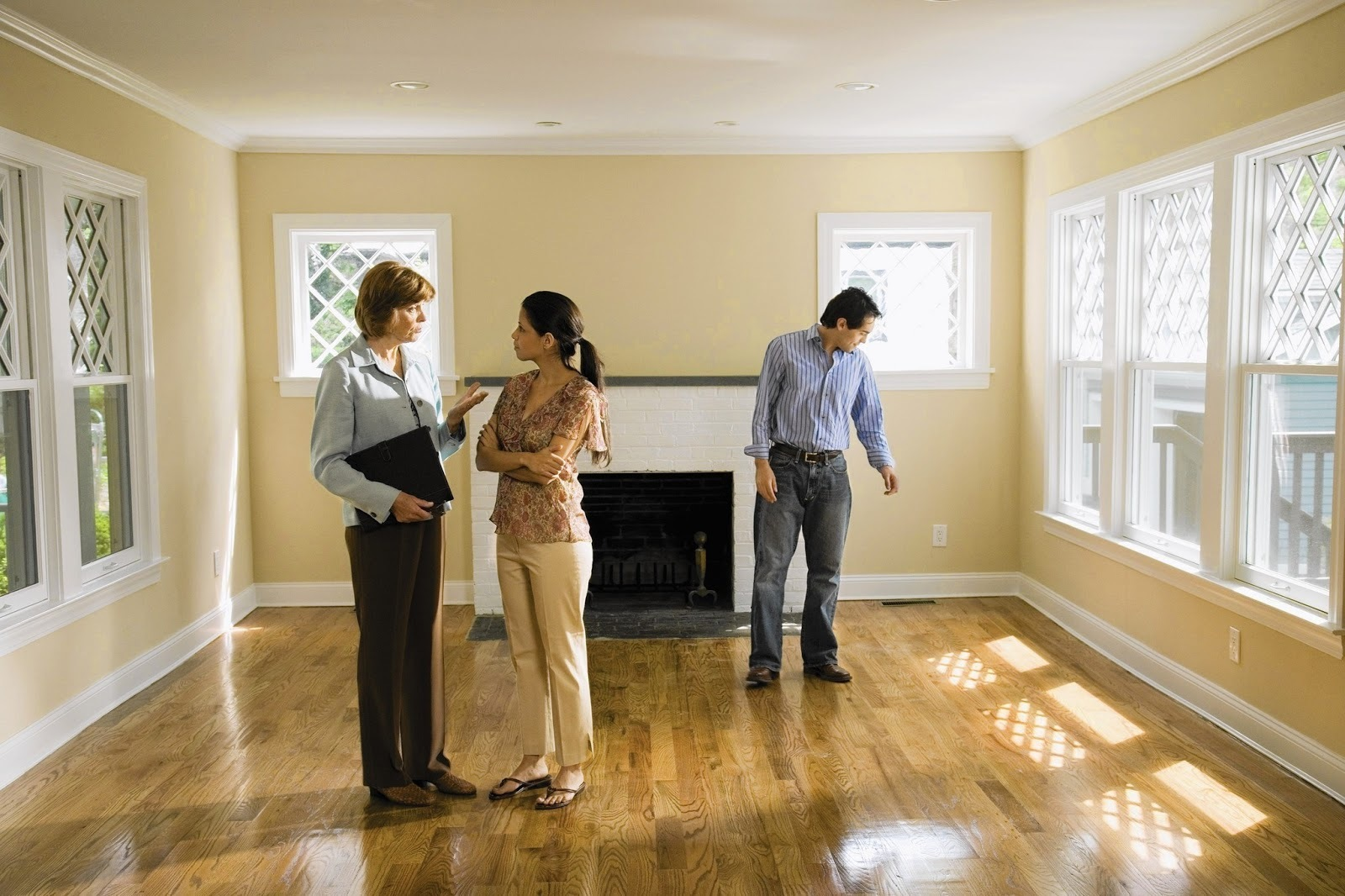 What should you do when viewing a house 4